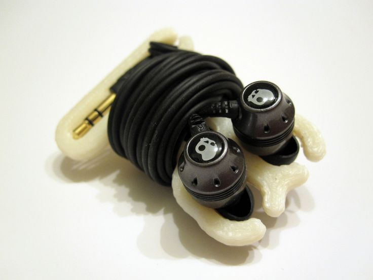 Skullcandy headphone wrap by Chooch.