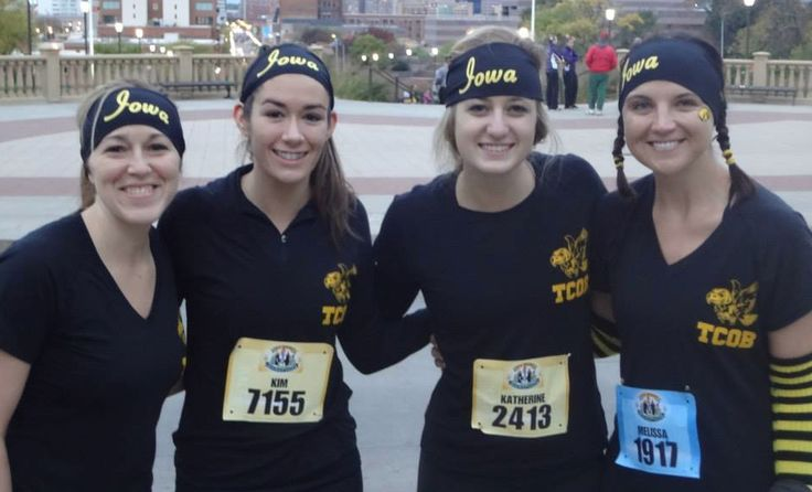 Alumni, students, faculty & staff at the Tippie College of Business, University of Iowa ran the Des Moines, Iowa Marathon.