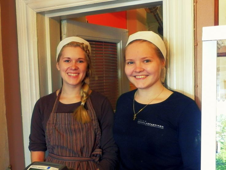 Do you have a sweet tooth? Well so do Gisela and Sara, who love raspberry confectionary and dark chocolate ice cream. All sweet tooths! Head to the Little Chocolate Factory Porvoo. www.visitporvoo.fi