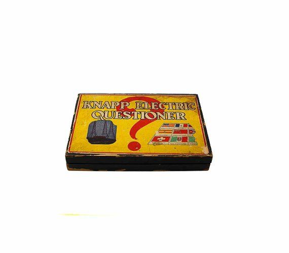 1920s Knapp Electric Questioner 325 Antique First Electric Game Text And Color Questioner Cards Present Alice Ships Rob Robinson Crusoe Vintage Games Antiques