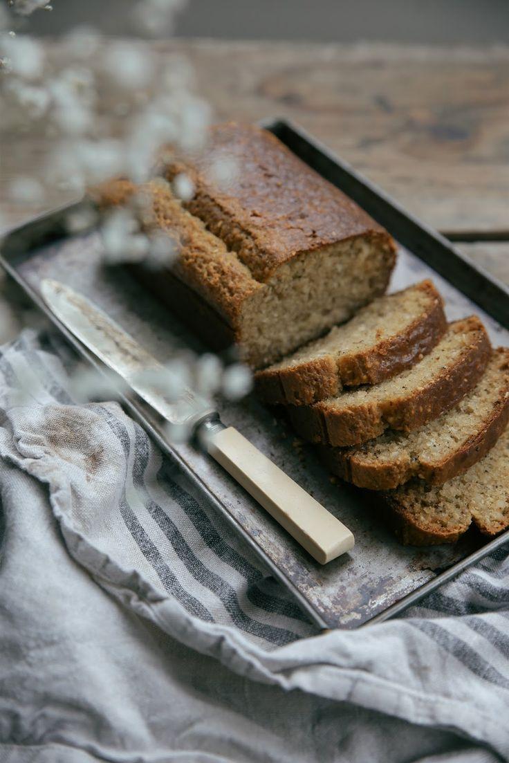 petite kitchen: SESAME HONEY BREAD