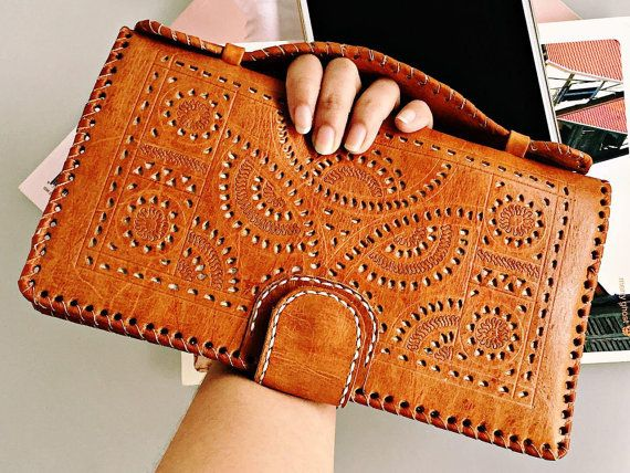 OWL women wallet leather light brown  wallet Carved  by Astaboho