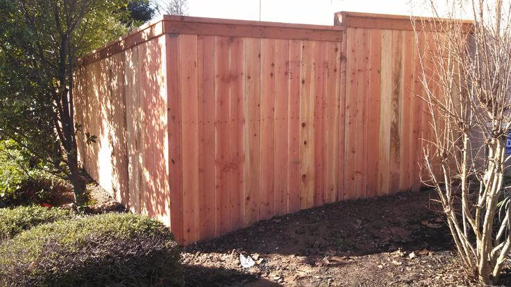 Cap And Trim Fence Wood Fence Fence Construction Fence