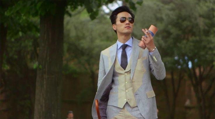 Wenn Fashion-Hipster in einer Tierdoku wären - Mockumentary: The Life Of Pitti Peacocks https://www.langweiledich.net/wenn-fashion-hipster-in-einer-tierdoku-waeren/
