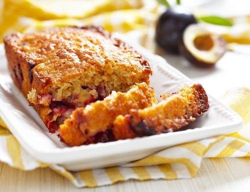 Αυτό το κέικ με φρέσκα φρούτα εποχής θα το λατρέψεις - http://ipop.gr/sintages/glika/afto-to-keik-me-freska-frouta-epochis-tha-to-latrepsis/