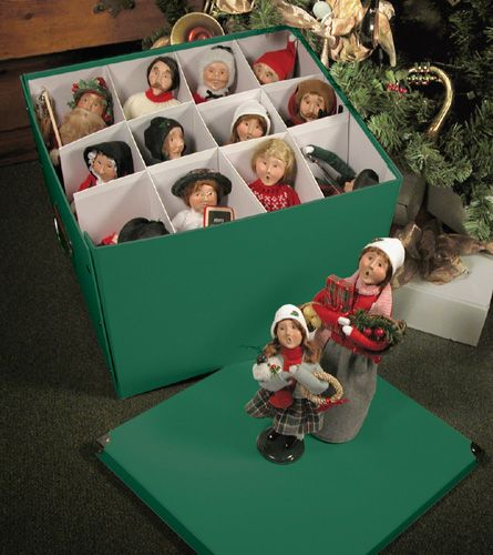 62 Best Decorating With Byers Choice Carolers Images On: 45 Best Byer's Caroler Figurines Images On Pinterest