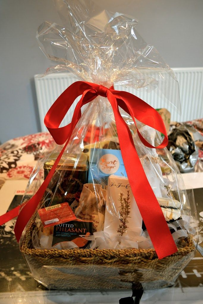 Make your own Christmas hamper