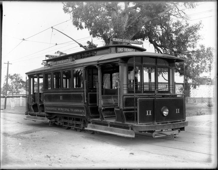 010129PD: Fremantle Municipal Tramways tram No.11, 1906.  http://encore.slwa.wa.gov.au/iii/encore/record/C__Rb2540154__S010129pd__Orightresult__U__X3?lang=eng&suite=def