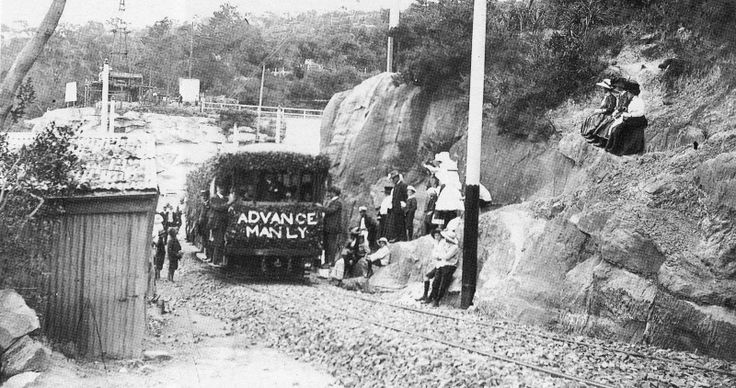 The line ran from the Spit to the high ground of Balgowlah through heavy cuttings, along the ridge of Sydney Road, descending via Ivanhoe Park to level ground in Raglan Street, a journey of just over three miles. Regular services began on 9 January 1911. The track was single line, with three crossing loops (Parsley Loop, Condamine Loop and Ivanhoe Loop). Trams ran at half-hourly intervals, and it took 25 minutes to cover the distance fom the Spit to Manly.