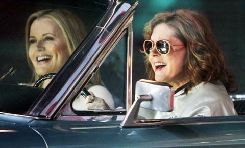 "Susan Sarandon and Geena Davis re-create ""Thelma & Louise"" car journey"