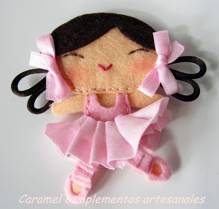 COLETEROS INFANTILES CARAMEL: ♥ Broches