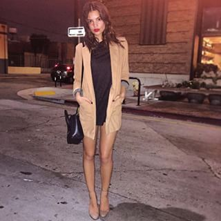 When she was the literal definition of street style. | 31 Times Emily Ratajkowski Was Actual Perfection On Instagram