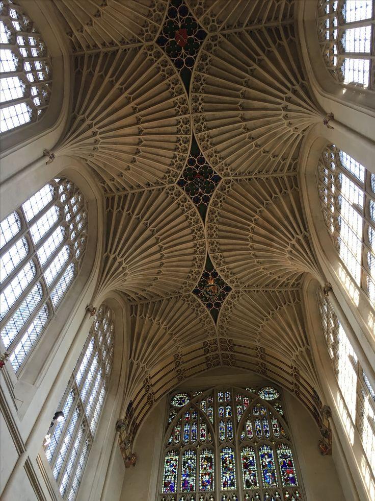 the ceiling vaults. #bath #bathabbey