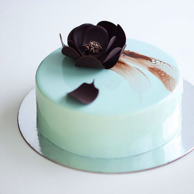 54 best images about mirror glaze cakes on pinterest for Mirror glaze cake