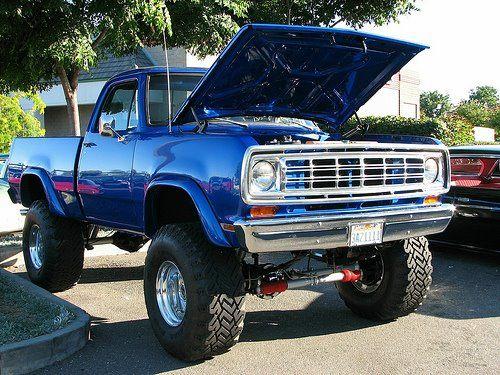 1974 Dodge Power Wagon<3