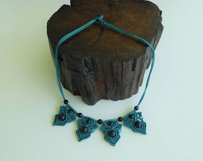 Macrame Necklace, Green Necklace, Boho, Gypsy, Festival, Beaded Necklace, Handmade gift