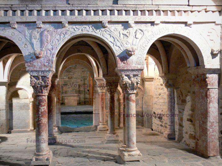 Les 16 meilleures images du tableau prieur de serrabone for Architecture romane definition