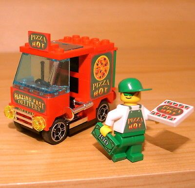 CUSTOM PIZZA DELIVERY SET! for town/city/train/restaurant LEGO food minifig van