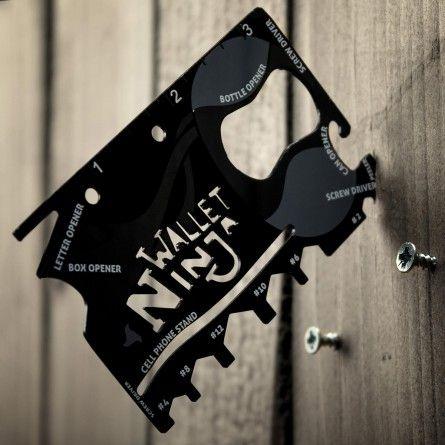 Gadgets & Techniek - Ninja 18 in 1 universeel gereedschap - Kan ook de grootste krijger steeds nodig hebben.