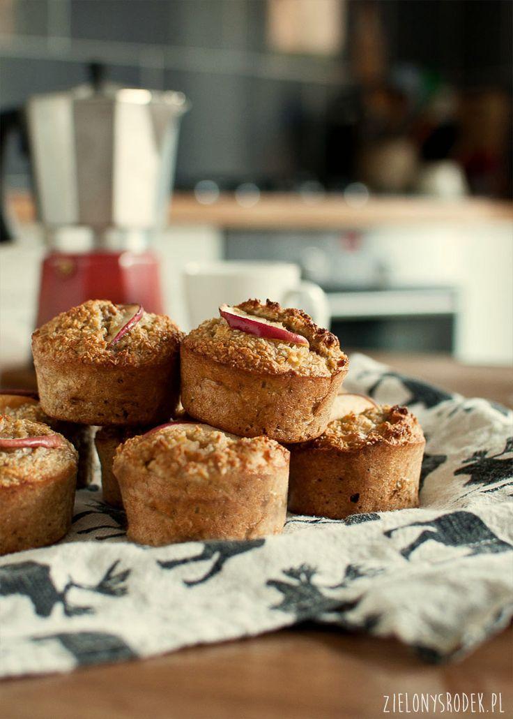 muffiny jabłkowe z kokosem i orzechami (bez mąki i cukru) - zielony środek