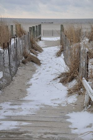 Winter beach entrance in Cape May