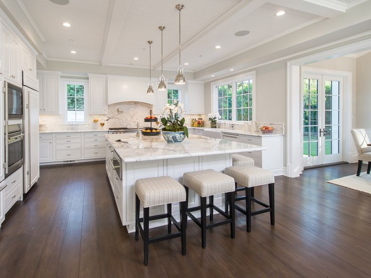 An expansive kitchen with Wolf, Miele and Sub Sero appliances and an eat in island. 491 Tigertail Rd | Brentwood