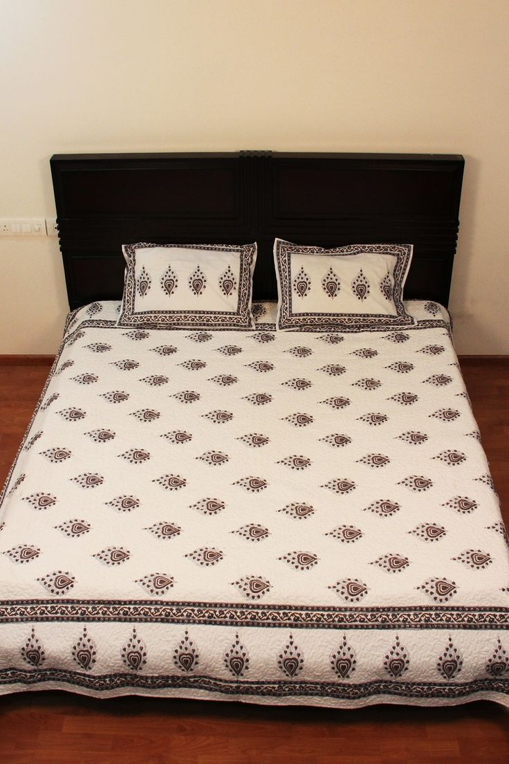 Designer White Queen Size Pure Cotton Printed Quilt Summer Blanket Bed Spread India