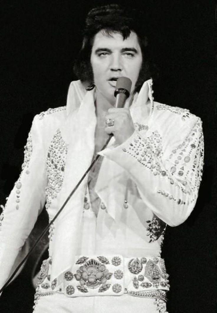 Elvis Presley---- November 11 1972 Oakland Coliseum Oakland CA