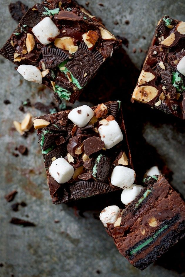 ... chocolate mint rocky road cheesecake bars ...