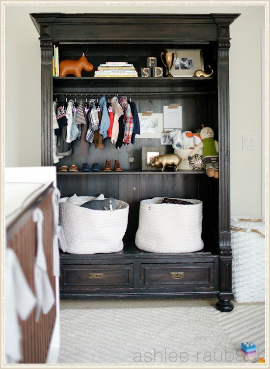 This hutch is TOO DIE FOR! What a great idea for anything and everything you need in a nursery! I think I have a hubby at home that could build this!