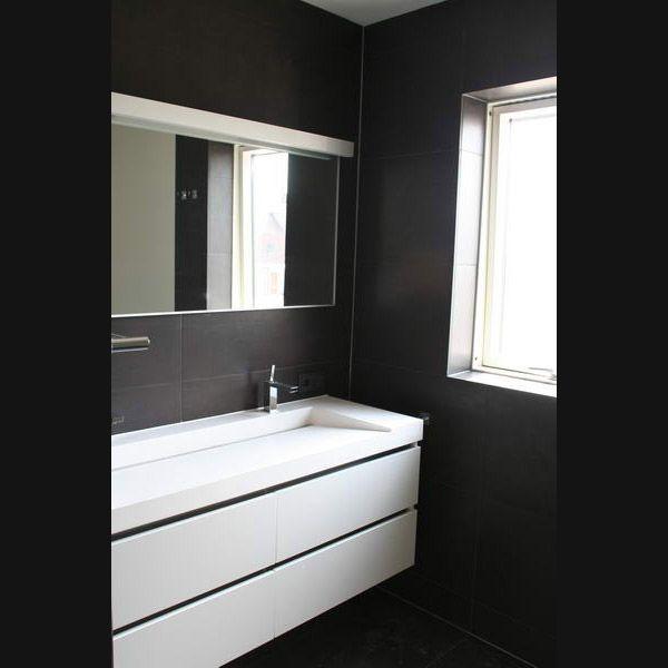 badkamermeubel solid surface blad en goot met 2 kranen
