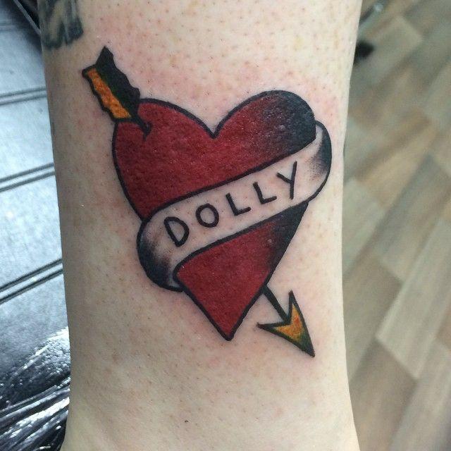 Got to do a Dolly Parton tattoo on @amisaurous finally. #dollyparton #dollypartontattoo #dolly #traditionaltattoo #heart #hearttattoo #sailorjerry #traditionalhearttattoo