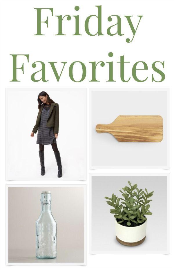 Friday Favorites - a great roundup: a comfy dress, a wood cutting board, a good faux plant, a pretty aqua glass bottle plus a good book.