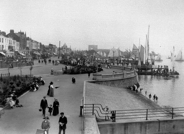 Southend sea front, 1926