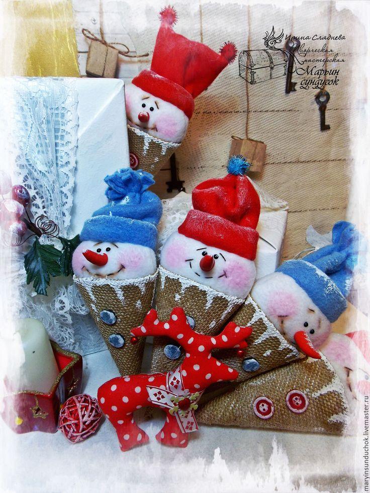 Купить Снеговик-мороженое - разноцветный, снеговик, подарок на новый год, сувениры и подарки, сувенир, елочное украшение