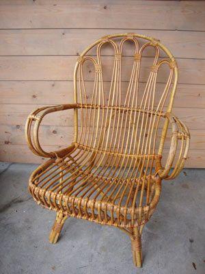 *Afhaalartikel* Retro rotan stoel/ fauteuil. Jaren '60. Rohé Noordwolde http://vinto.nl/winkel/alle-producten/retro-rotan-stoel-fauteuil-jaren-60-rohe-noordwolde/