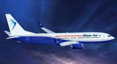 Blue Air, atac direct impotriva Guvernului: #Rezist Coruptiei din Romania, pe avioane