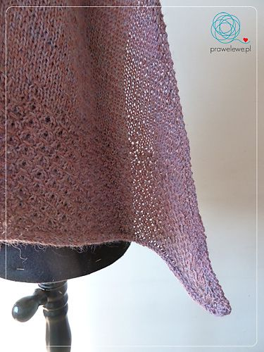 Lieselottle Shawl by as a bright plum shawl by Cathliin