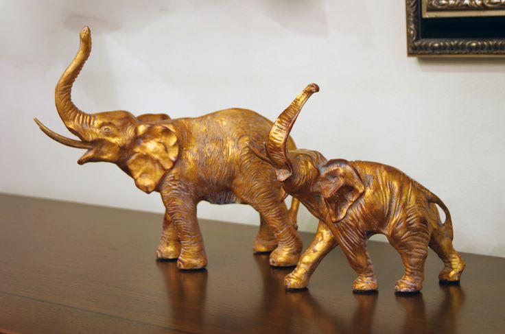 Golden Elephants διακοσημτικοί