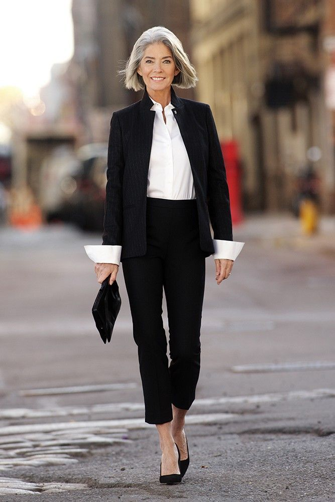 Such a simple outfit but so perfect...black trouser suit, white shirt, black heels and a crisp elegant silver bob