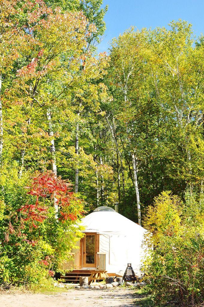Une #yourte au #Glamping Parc de la Rivière Métabetchouan. Original n'est-ce pas ? #Saguenay_Lac Tous droits réservés (c) Donald Deschenes http://www.saguenaylacsaintjean.ca/fr/members/823?type=accomodation&type_id=365