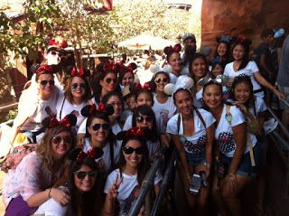 El nuevo destino de moda para planear tu despedida de soltera. Bachelorette Party at disneyland. Tips And outfits