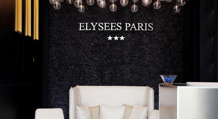 Hôtel Elysées Paris Paris Hôtel Elysées Paris is located 150 metres from the Arc de Triomphe and the Champs Elysées. The Palais des Congrès Conference Centre is only 1 km away.  All the air-conditioned guest rooms at Elysées Paris come with a flat-screen TV and an iPod dock.