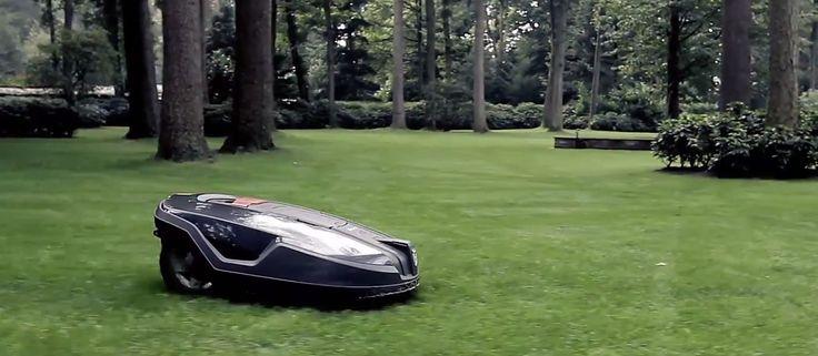 欧米ではずいぶん前から芝刈りをロボットに任せている人達がいたようだ。そのロボット芝刈り機がいよいよ日本に上陸した。ハスクバーナ・ゼノア株式会社は、2015年春からロボット芝刈り機の『Automower 330X』を日本で取り扱うことを発表した。 『Automower 330X』はスウェーデンのハスク…