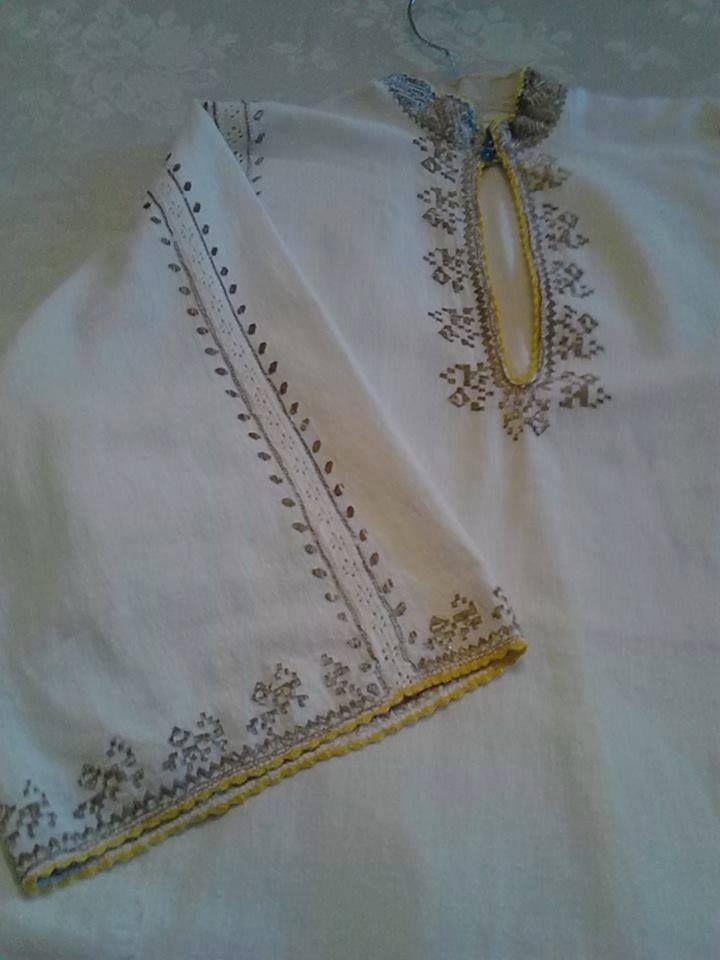 Romanian shirt. Vrancea region. Adina Petrescu collection.