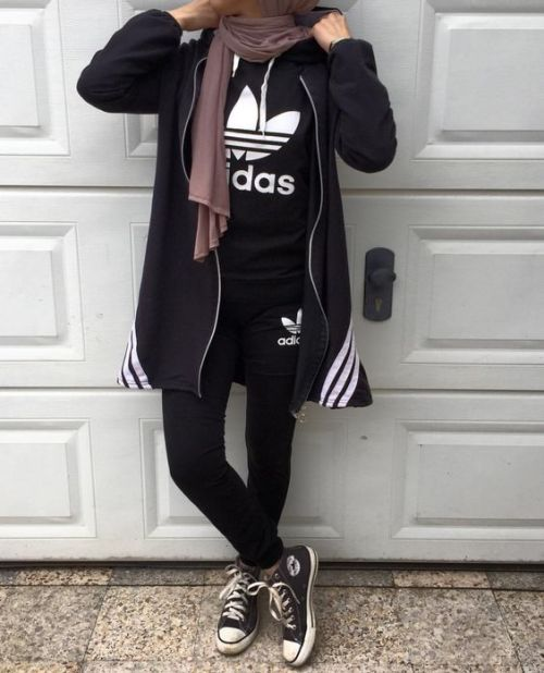 Sweatpants sporty hijab style – Just Trendy Girls