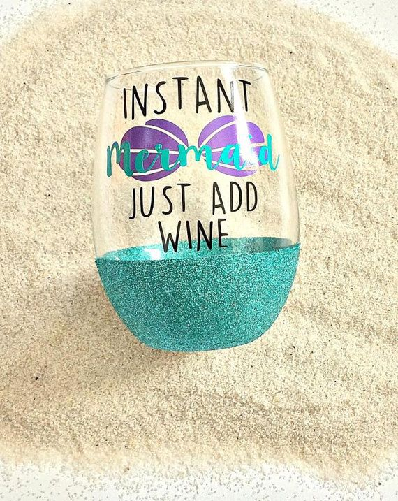 Mermaid wine glass//instant mermaid//Original design//glitter by RBTcrafts on Etsy