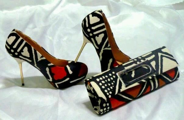 Mud cloth pattern pumps and purse... Very nice... ~Latest African Fashion, African women dresses, African Prints, African clothing jackets, skirts, short dresses, African men's fashion, children's fashion, African bags, African shoes ~DK