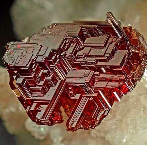 Naturally etched Garnet Almandine-Spessartine