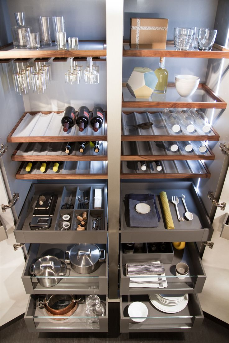 Store more than just spices in your pantry. Snaidero Passepartout allows you to stow wine , wine glasses, dishes, spices and much more thanks to its functional modern design shelves solutions and cupboards. Keep your kitchen organized the way you want to. #SnaideroUSA